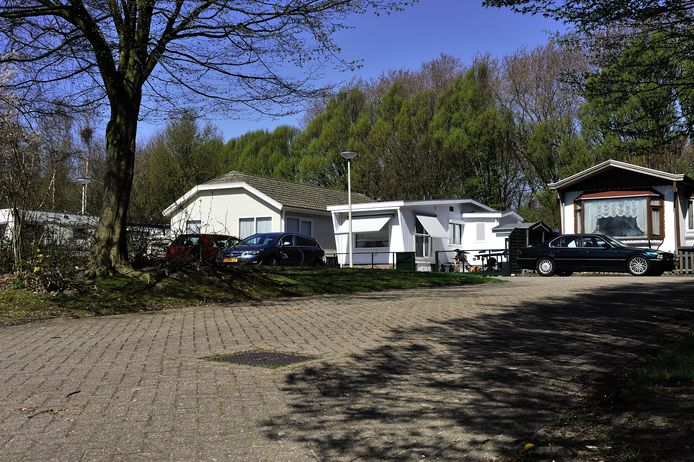 Het woonwagenkamp aan de Van Heelulaan in Bergen op Zoom.
