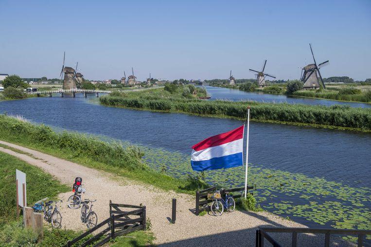 De molens van Kinderdijk staan in de rouwstand Beeld ANP