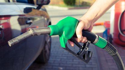 Olieprijzen in vrije val: hier tank je momenteel het goedkoopst in de regio