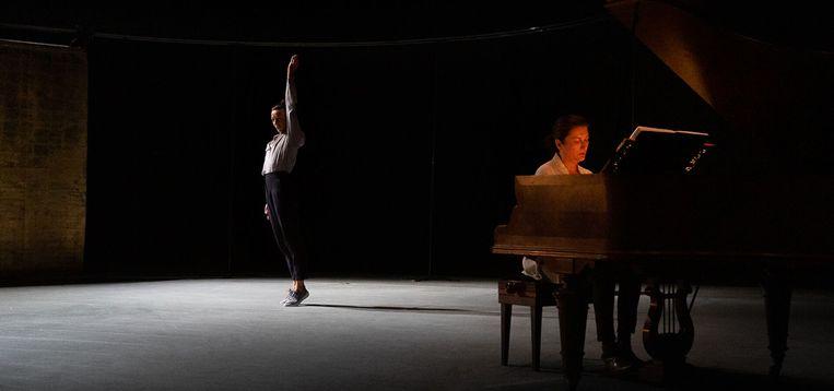 Uit 'Piano Works Debussy' met Lisbeth Gruwez. Beeld Danny Willems