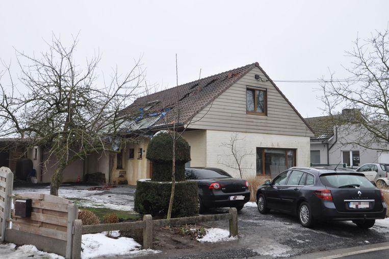 De bovenverdieping van het huis raakte zwaar beschadigd.