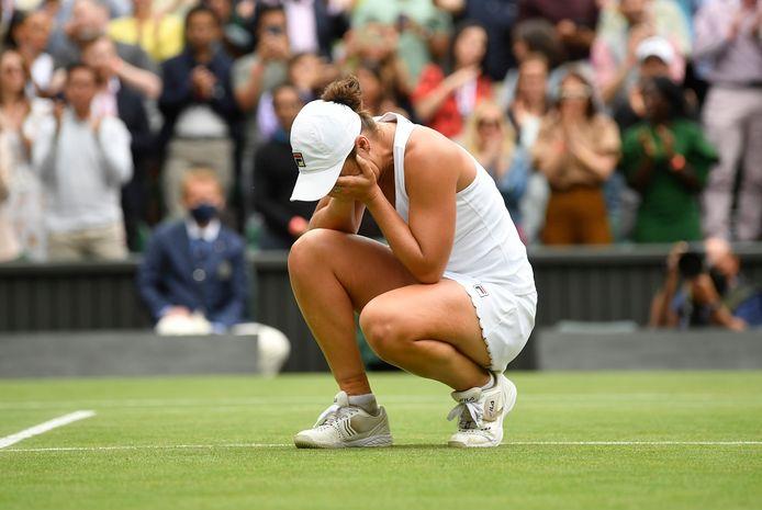 Ashleigh Barty na haar eindwinst op Wimbledon.