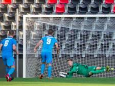 Eagles-doelman Spenkelink uit Borne buigt hoofd voor Twentse buurjongen