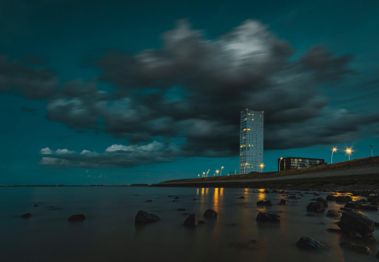 Woontoren Waterfront aan de Terneuzense kust