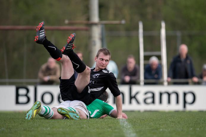 Zelhem  donderdagavond met 0-2 gewonnen van DEO. Foto: Jan van den Brink