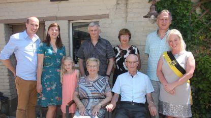 Pierre en Marlene 60 jaar getrouwd nadat ze mekaar leerden kennen op kermis Erembodegem