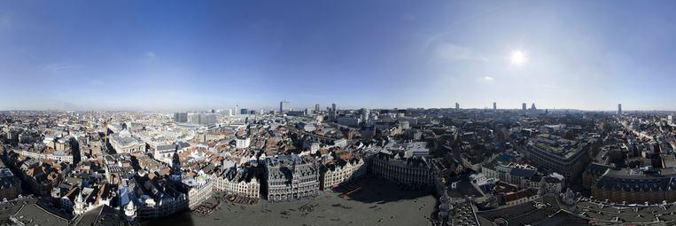 panorama Brussel foto Desmet: stadhuis TEKST Amaury
