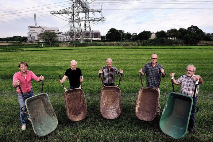De tegenstanders van de fabriek aan de Potendreef: de Werkgroep Biomineralen in 2016.