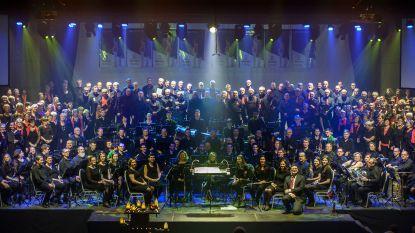 """260 muzikanten zetten sporthal Humbeek op stelten met 'De Vlam'-concerten: """"Inspiratie gehaald bij Night of the Proms"""""""