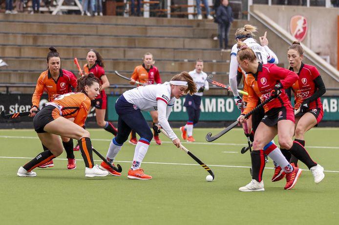 Oranje-Rood ging zondag in eigen huis onderuit tegen SCHC.