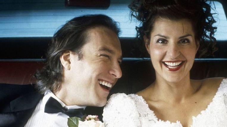 John Corbett en Nia Vardalos in My Big Fat Greek Wedding. Beeld