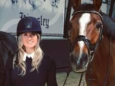 Britt Dekker: Paard Eve enige reden waarvoor ik uit bed kwam