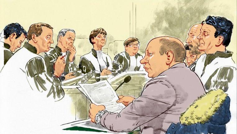 Rechtbanktekening met op de voorgrond Mark M. en zijn advocaat Jan-Hein Kuijpers, verdachte Mark S. en diens advocaat tijdens de inhoudelijke behandeling in de rechtbank in Den Bosch. Beeld anp