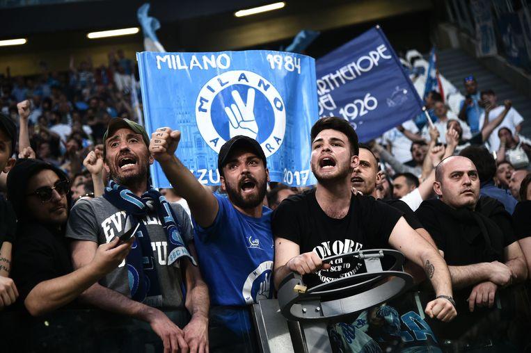 Fans van Napoli in het Allianz Stadium in Turijn.