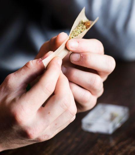 Brandstichter is blij dat hij joints mag roken: 'Bij mij zijn absoluut geen risico's meer'