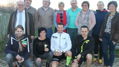 Patriek Vanpetegem wint vlot de 10-kilometerrun tijdens Lenteloop