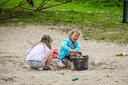 Samen in de zandbak