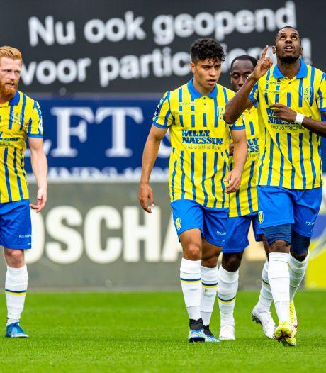 Fantastische goal Bakari helpt RKC niet: 'Misschien dat ik er pas van geniet als we in de eredivisie zijn gebleven'