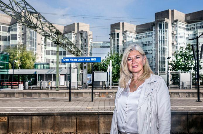Louise Kortman op de grens van Den Haag en Voorburg, waar niet goed is gekeken naar de invloed van het Central Inovation District op Voorburg en andere omliggende gemeenten.