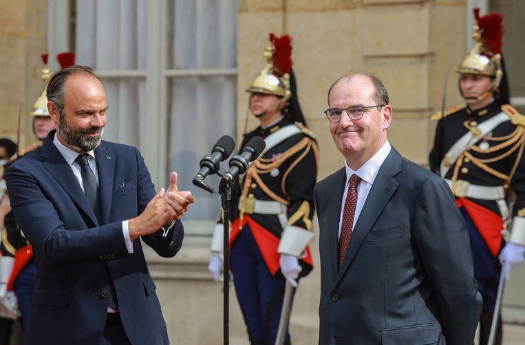 Philippe (L) met de nieuwe premier Jean Castex (R). Beeld AFP