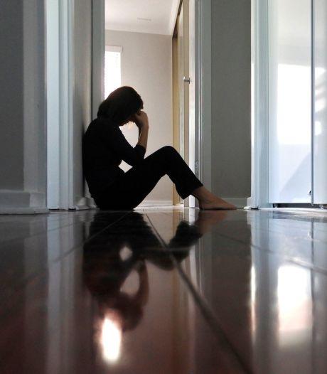 """La pandémie représente """"la plus grande menace pour la santé mentale depuis la 2e Guerre mondiale"""""""