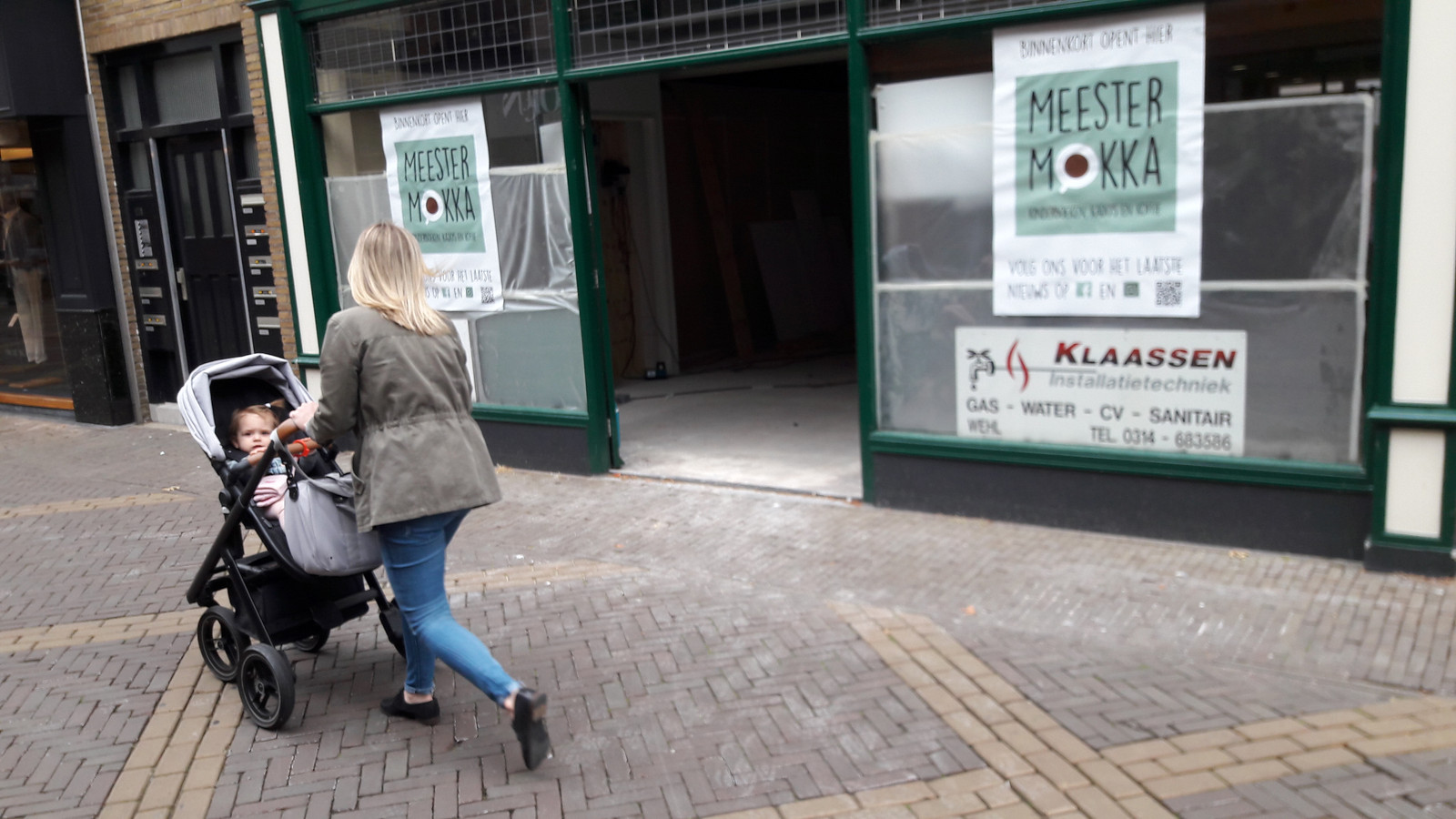 Kinderboekenzaak Meester Mokka komt in de voormalige schoenenzaak Ziengs.
