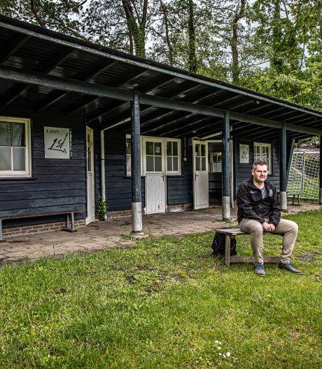 Wilco Polinder uit Harderwijk heeft als doel om alle amateurclubs van Nederland te bezoeken: 'Jippie-gevoel'