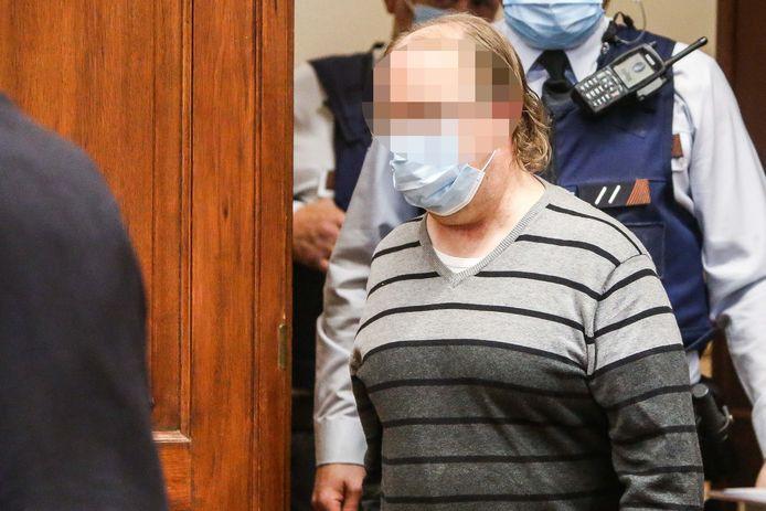 Dirk Wauters staat terecht voor het Hof van Assisen voor doodslag op Patricia Gaillet.