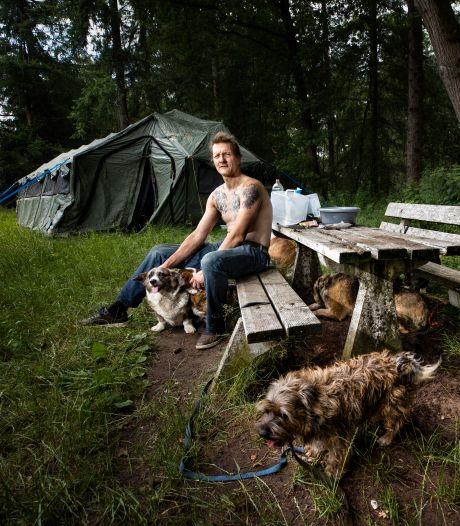 Barre winter dreigt voor rondzwervende Victor Spijkerman uit Dommelen en zijn 9 honden: 'Het blijft een heel lastig verhaal'