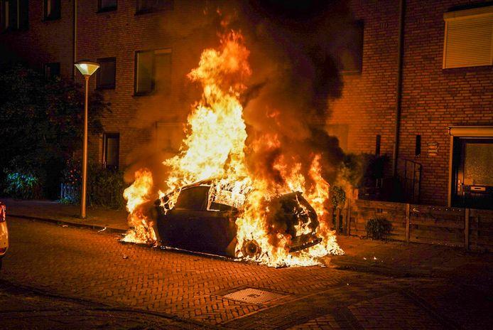 Autobrand in Eindhoven.