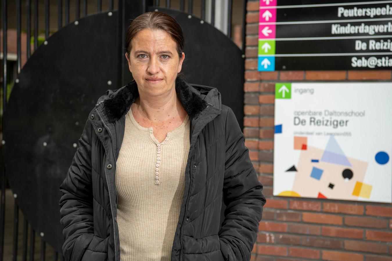 """Vesna Ilic is net als vele andere ouders klaar met de onrust op basisschool De Reiziger. Ze neemt geen blad voor de mond: ,,Er is zoveel rumoer. Dat is niet goed voor een kind."""""""