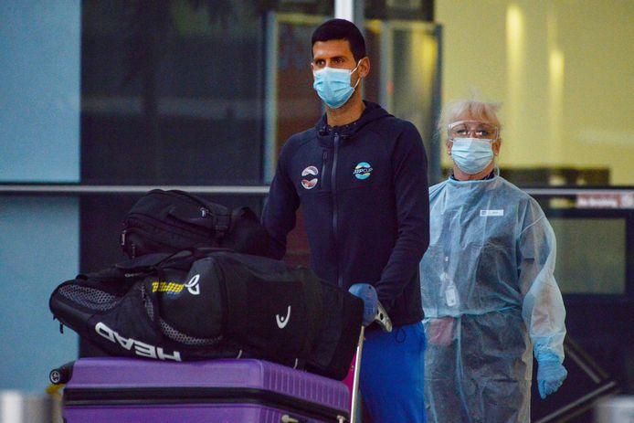 Novak Djokovic bij aankomt in Adelaide op 14 januari.