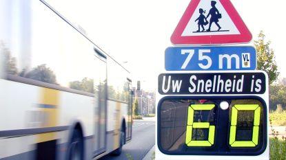 Snelheidsborden tellen ook aantal auto's voor studie voor veilige fietspaden in Gavere