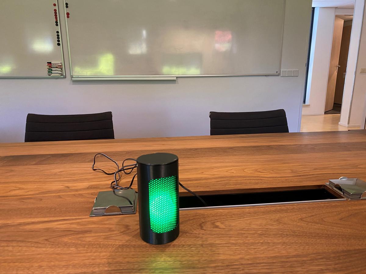 Het Gerrit Komrij College in Winterswijk krijgt 'stoplichten' in lokalen die via CO2-meting het corona-risico aangeven.