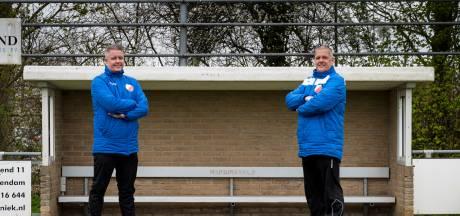 Broers aan het roer bij voetbalvereniging Hardinxveld: 'Dit is natuurlijk wel extra speciaal'