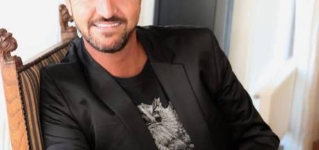 Volkszanger Martin van Doorn beleeft verschrikkelijke avond bij First Dates: 'Waar ik mee zit vanavond..'