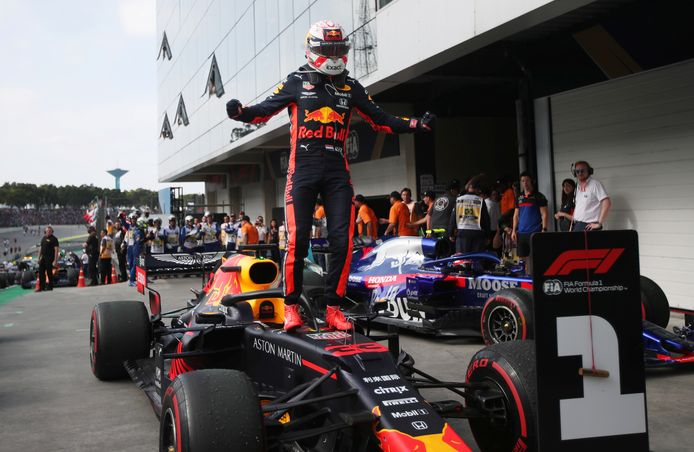 Verstappen won de laatste F1-manche in Brazilië