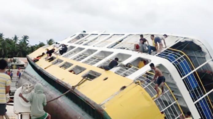 Chavirement aux Îles Camotes, aux Philippines