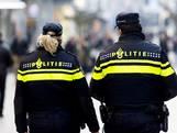 Groep stappers probeert portier weg te trekken bij deur café Breda: politie grijpt in