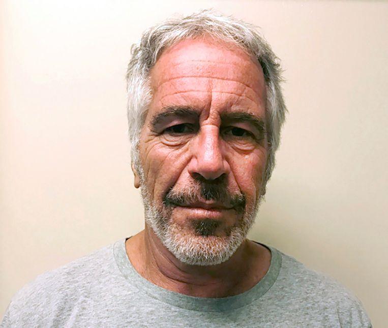 Jeffrey Epstein in maart 2017. Vorig jaar pleegde hij zelfmoord in zijn cel, al menen velen dat hij definitief het zwijgen werd opgelegd. Beeld AP