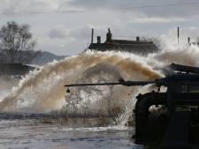Stormcrisis en watersnood in Engeland
