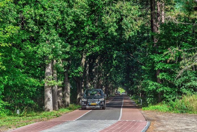 Bewoners uit Den Hout vrezen dat de recent opgeknapte Bergsebaan in de toekomst gebruikt gaat worden voor een westelijke rondweg.