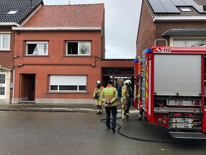 De woning zat onder de rook en moest geventileerd worden.