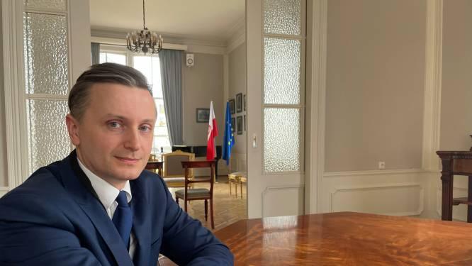 Poolse consul onder indruk van bloemenzee voor landgenoot die onder tram stierf: 'Kippenvel van dit drama'