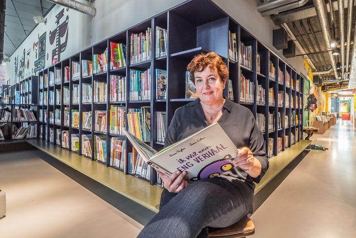 """Tineke Kistemaker maakt zich namens DOK zorgen over laaggeletterdheid bij kinderen. ,,Sommigen hebben een achterstand van duizend woorden op hun leeftijdsgenootjes."""""""