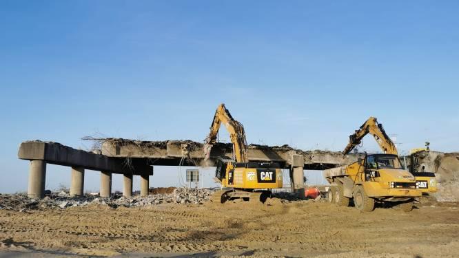 31 jaar oude brug van Waaslandhaven-Oost in recordtijd gesloopt