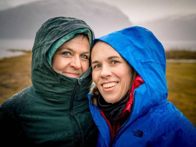 """COLUMN. De reisgezel van Annemie Struyf: """"Als jullie mij op het scherm zien, staat Kristel altijd naast me"""""""