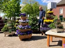 Witlofkweker heeft succes met zijn stapeltuin: 'We helpen graag iedereen aan een leuk tuintje'