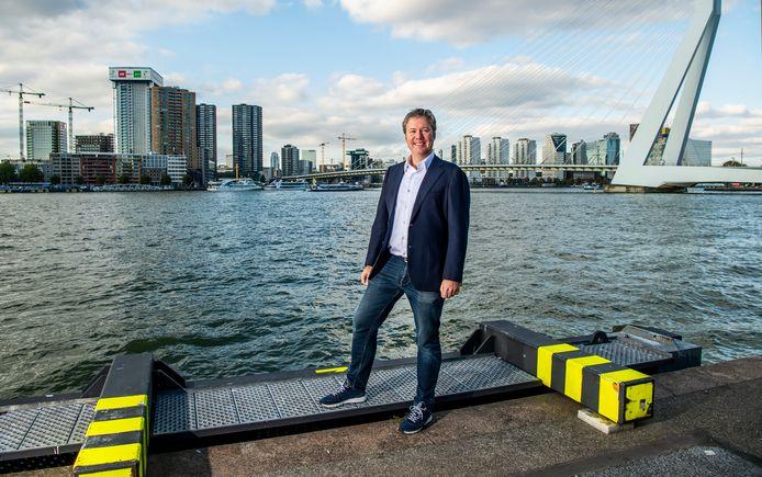 De nieuwe burgemeester van Oudewater heet Danny de Vries - in de stad waar hun nu nog woont; Rotterdam.