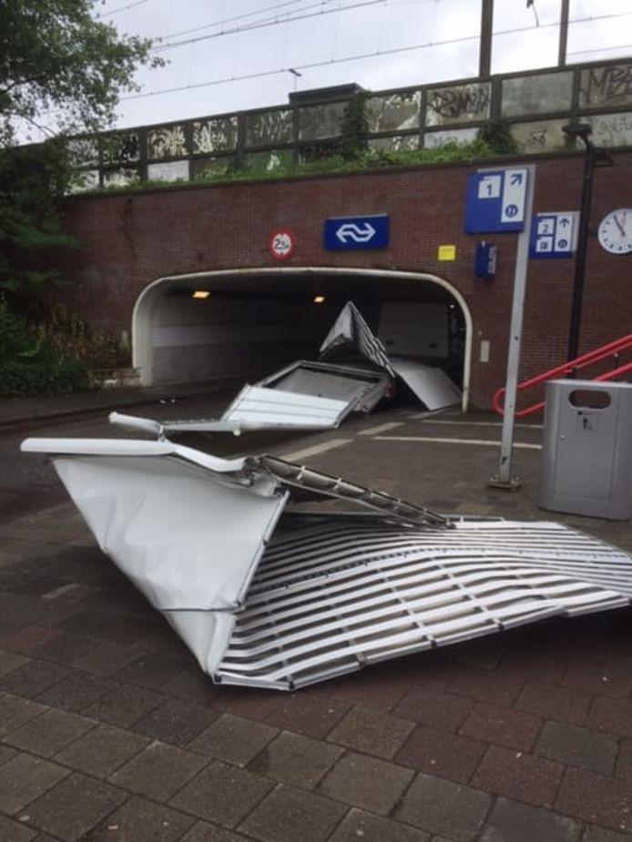 Ravage bij de tunnel onder de A12 in Maarn.